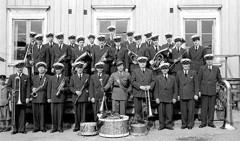 Musikkåren Kamraterna utanför rådhuset 1:a maj 1953